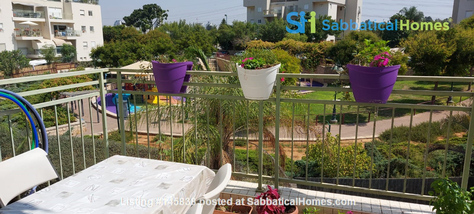 Looking for a two-bedrooms apartment in Paris Home Exchange in Ness Ziona 1