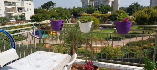 Looking for a two-bedrooms apartment in Paris Home Exchange in Ness Ziona 1 - thumbnail