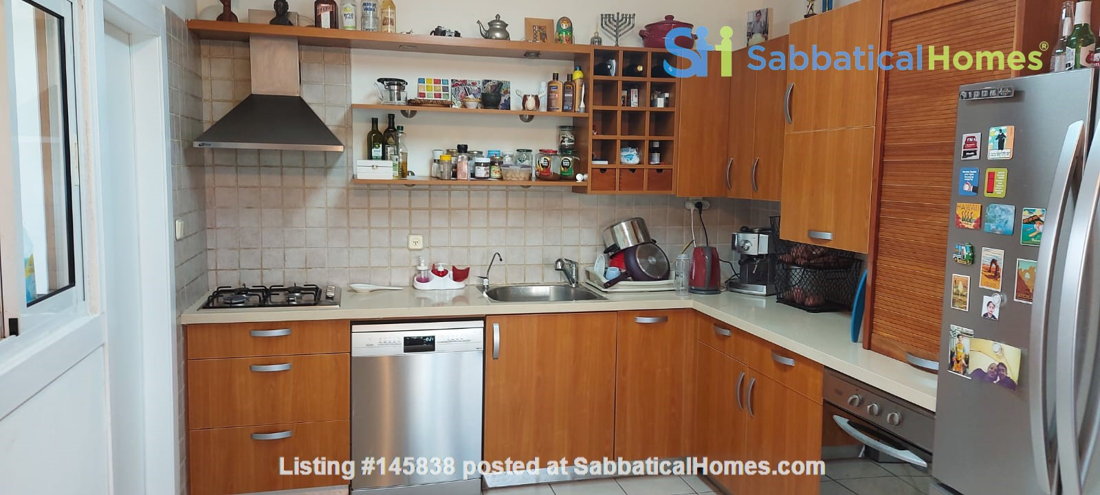 Looking for a two-bedrooms apartment in Paris Home Exchange in Ness Ziona 4