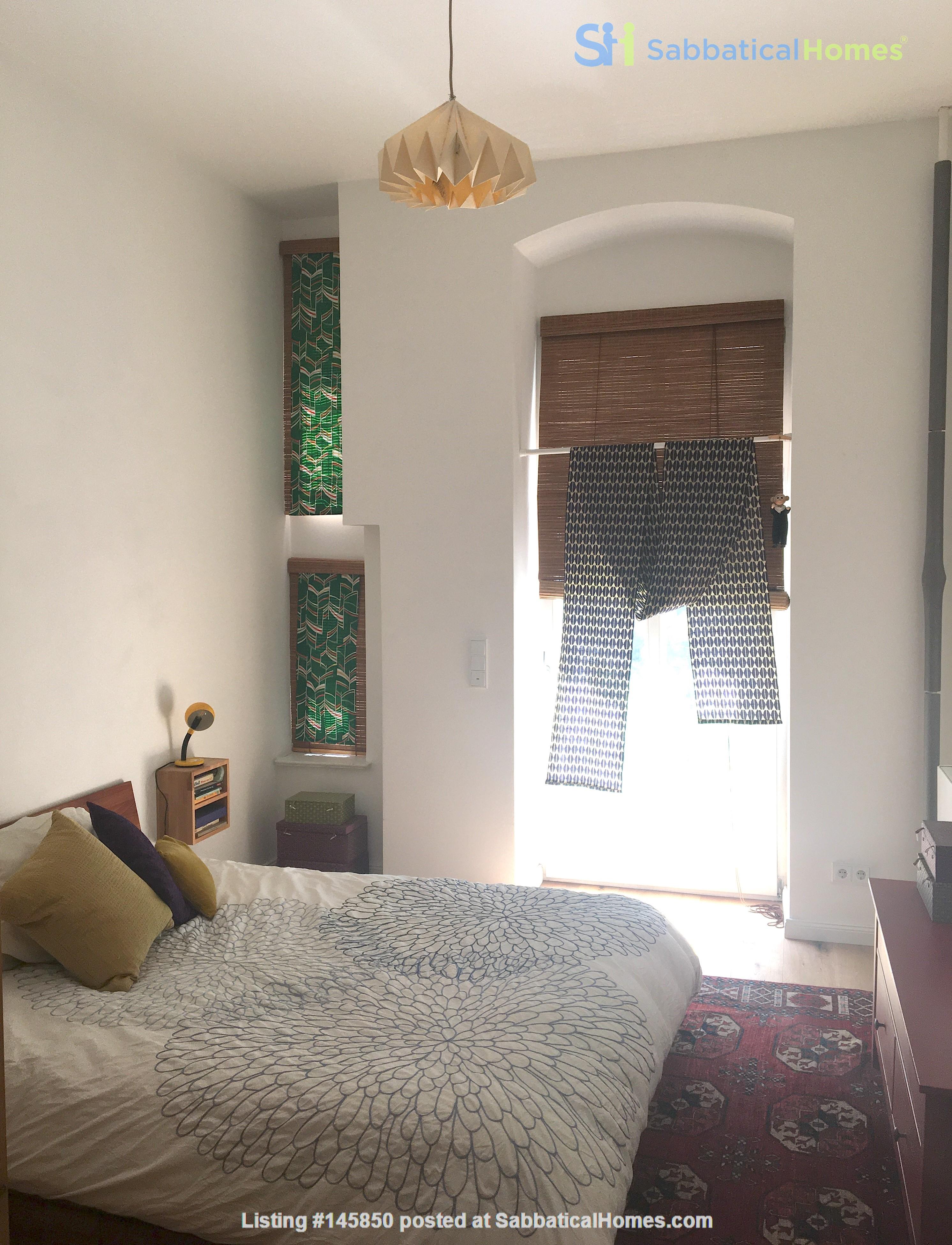 Freshly renovated, quiet, ground-floor apt w/terrace & beautiful details Home Rental in Berlin 6