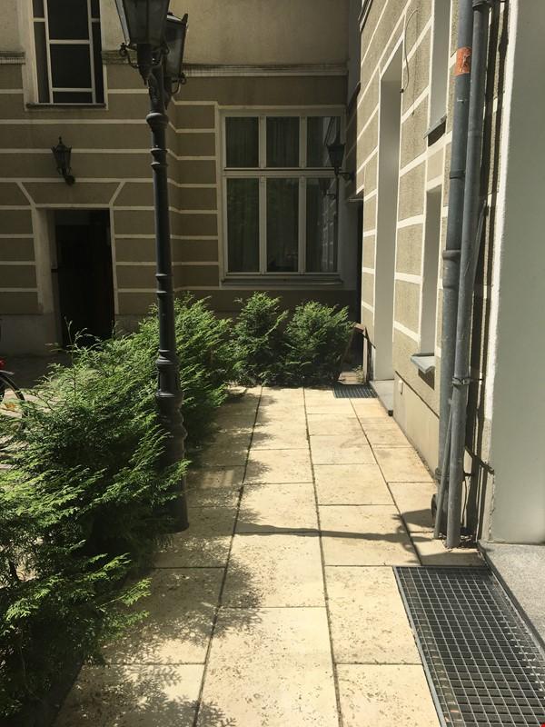 Freshly renovated, quiet, ground-floor apt w/terrace & beautiful details Home Rental in Berlin 8 - thumbnail