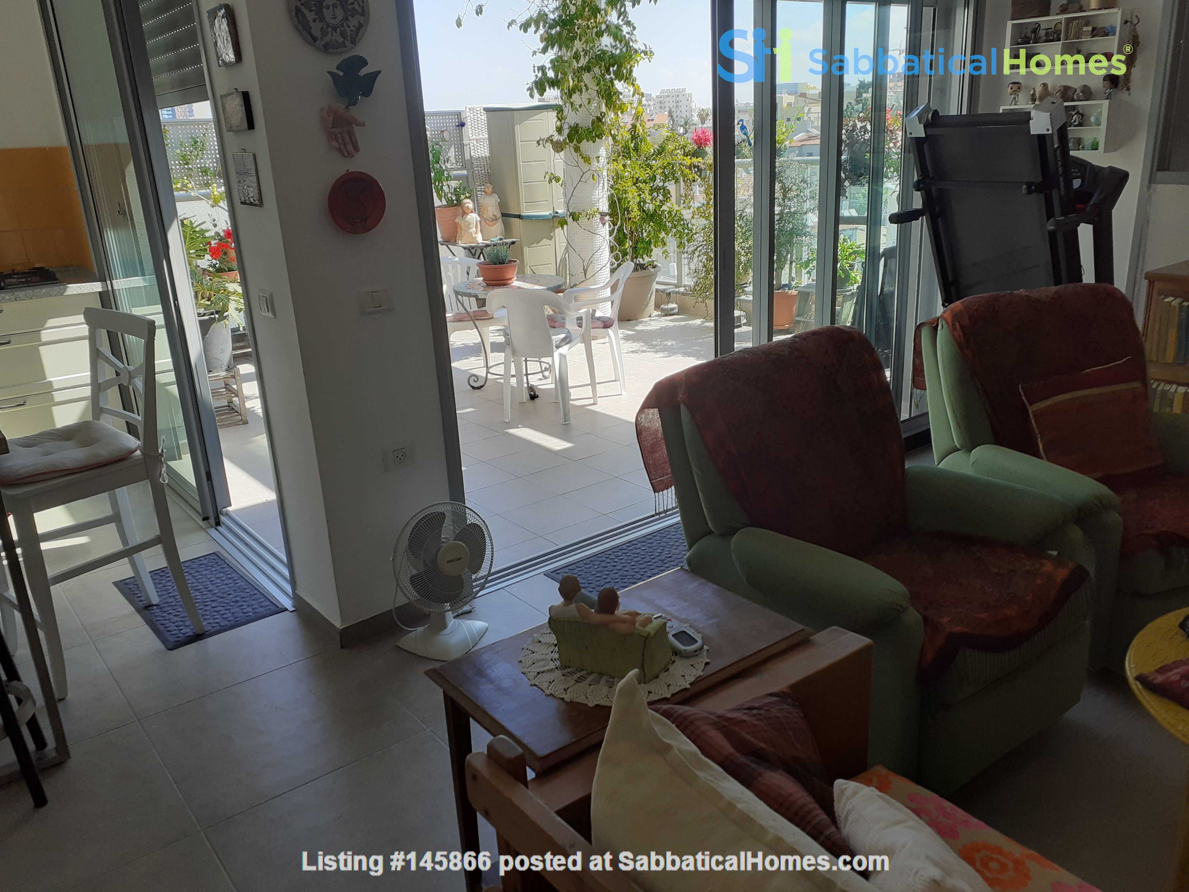"""Penthouse just outside of Tel Aviv Home Exchange in ?""""? 2"""