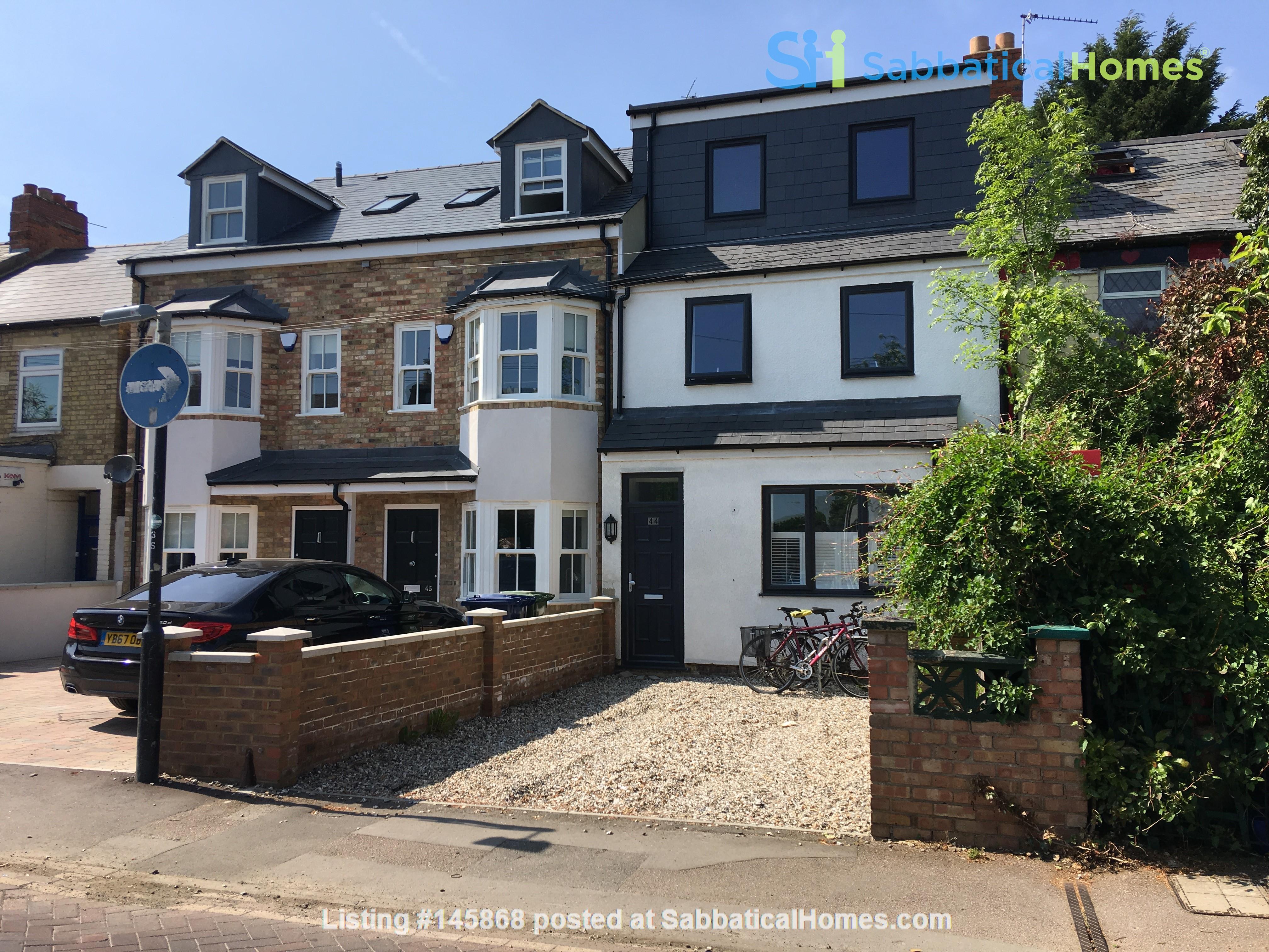 Mid-terrace comfort in a great Oxford neighbourhood Home Rental in  1