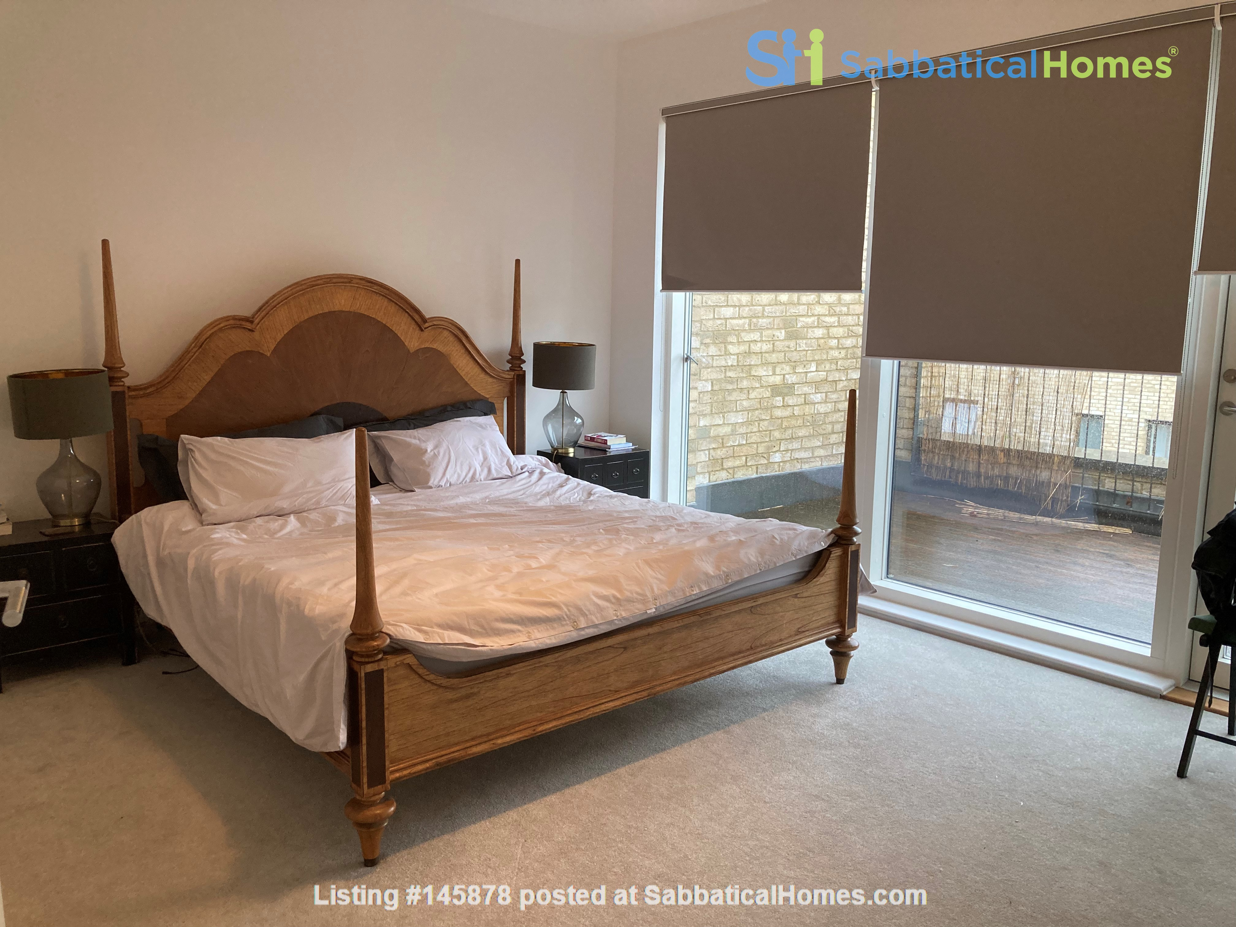 Beautifully furnished 3 bedroom + 4 bathroom townhouse in Cambridge. Home Rental in  7
