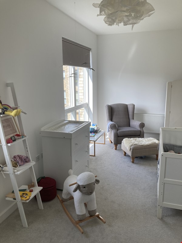Beautifully furnished 3 bedroom + 4 bathroom townhouse in Cambridge. Home Rental in  9 - thumbnail