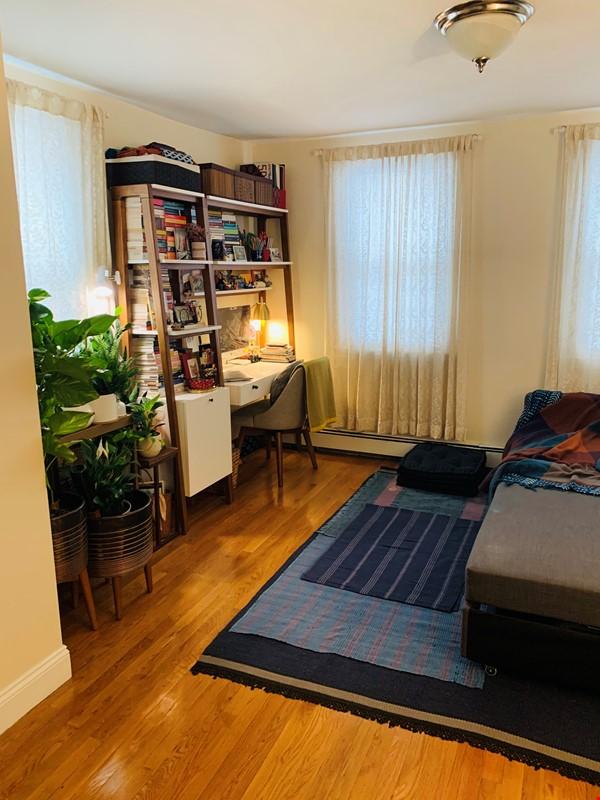Modern, sunny, 2 bed 1 bath 1st floor unit with W+D, den & backyard garden Home Rental in Cambridge 6 - thumbnail