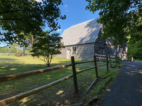 NY Hudson Valley Rural Beauty: light-filled artist's home, pristine views Home Rental in Rhinebeck 3 - thumbnail