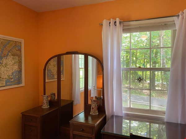 NY Hudson Valley Rural Beauty: light-filled artist's home, pristine views Home Rental in Rhinebeck 7 - thumbnail