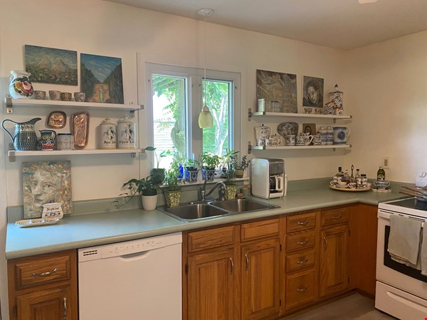 NY Hudson Valley Rural Beauty: light-filled artist's home, pristine views Home Rental in Rhinebeck 5 - thumbnail