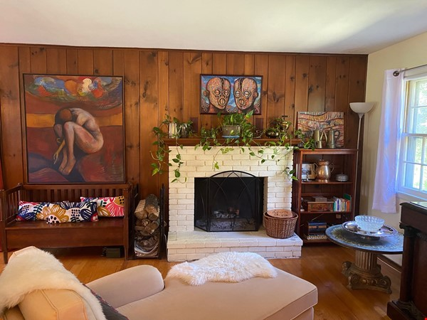 NY Hudson Valley Rural Beauty: light-filled artist's home, pristine views Home Rental in Rhinebeck 2 - thumbnail