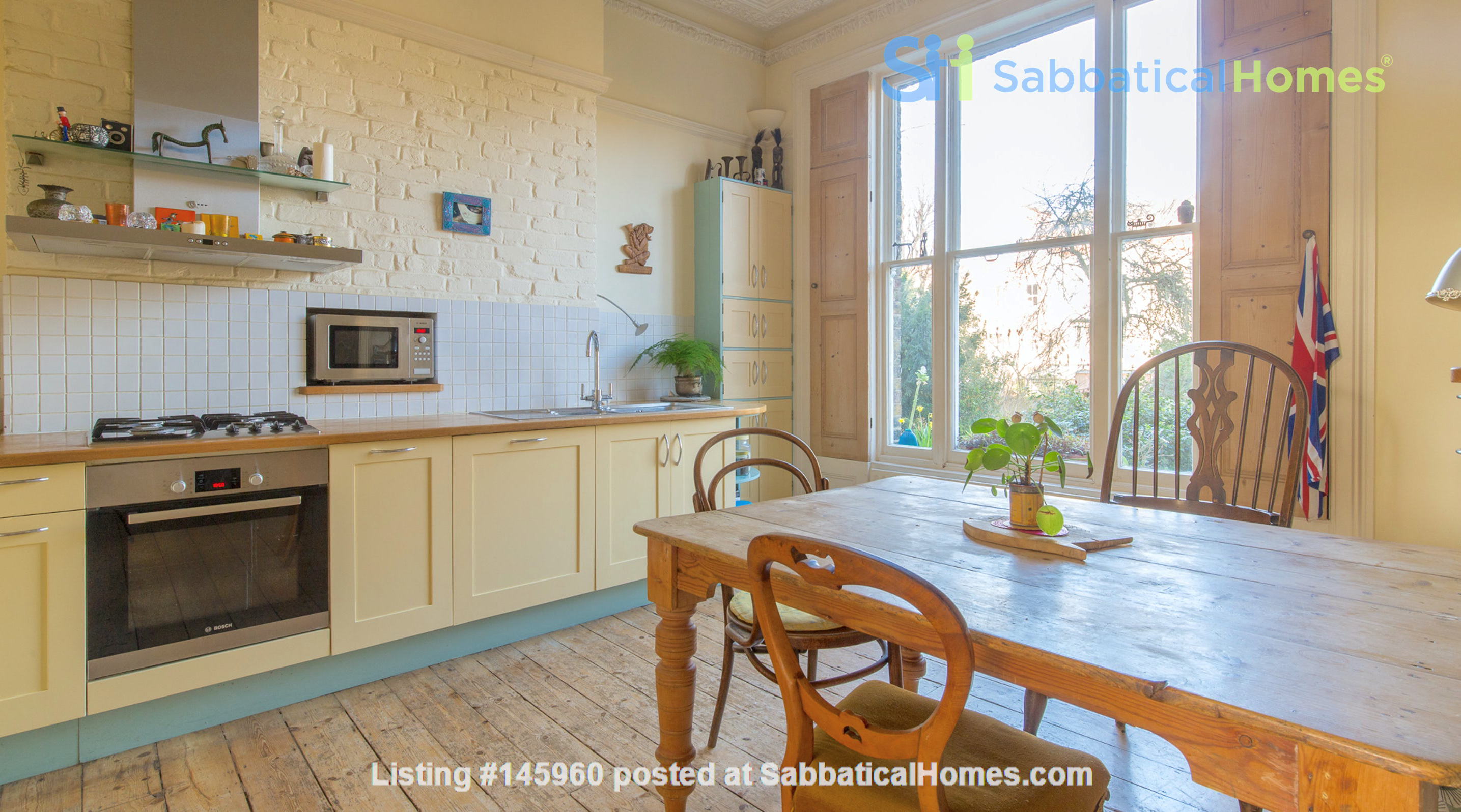 Stunning architectural Victorian family home with 3 bedrooms & large garden Home Rental in  4