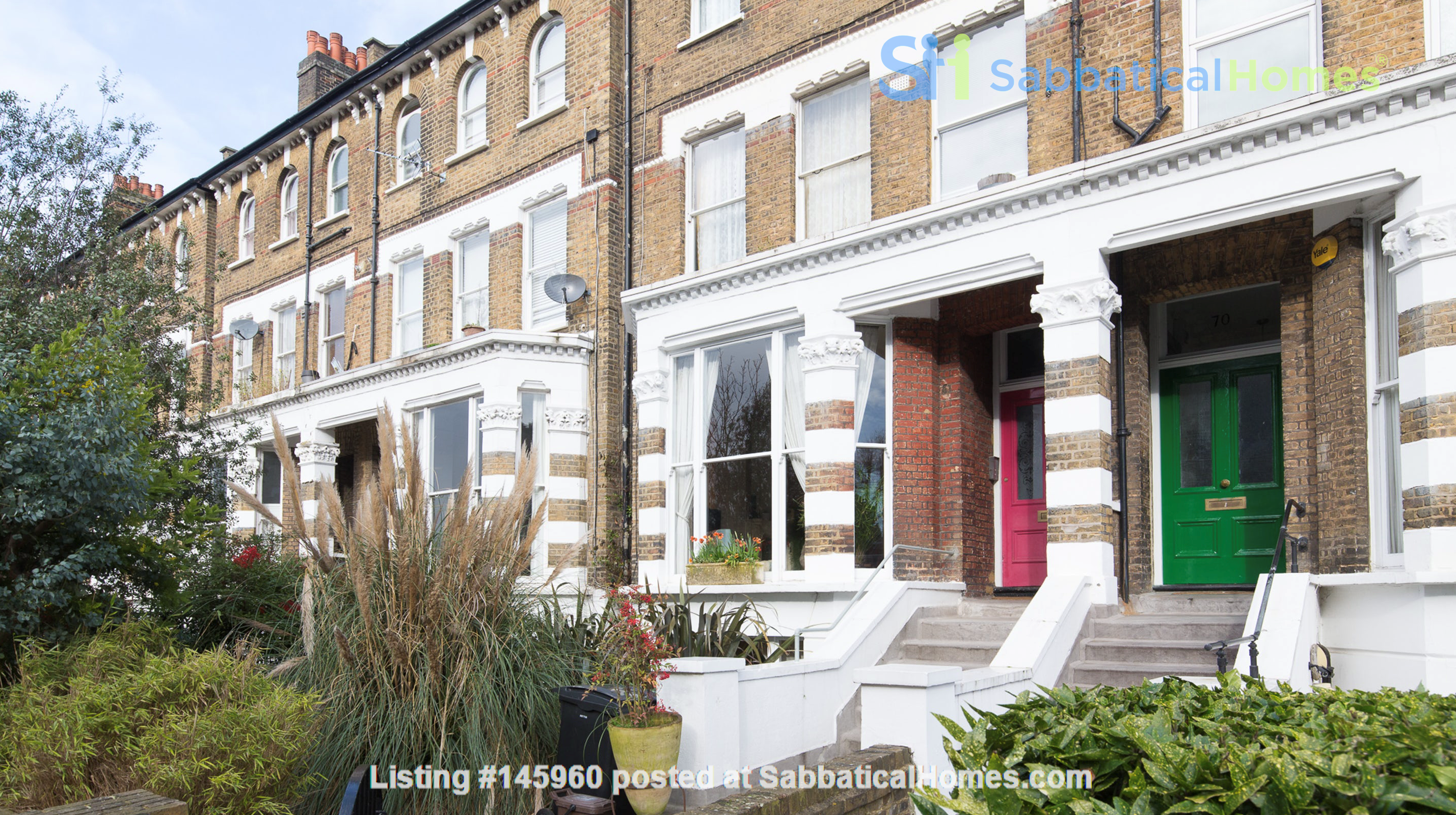 Stunning architectural Victorian family home with 3 bedrooms & large garden Home Rental in  1