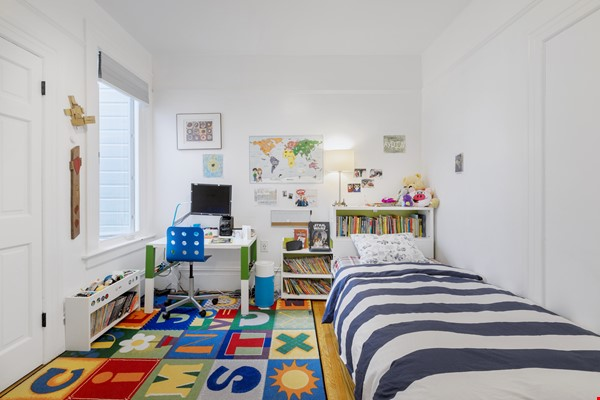 Charming Family Home in San Francisco Home Rental in SF 4 - thumbnail