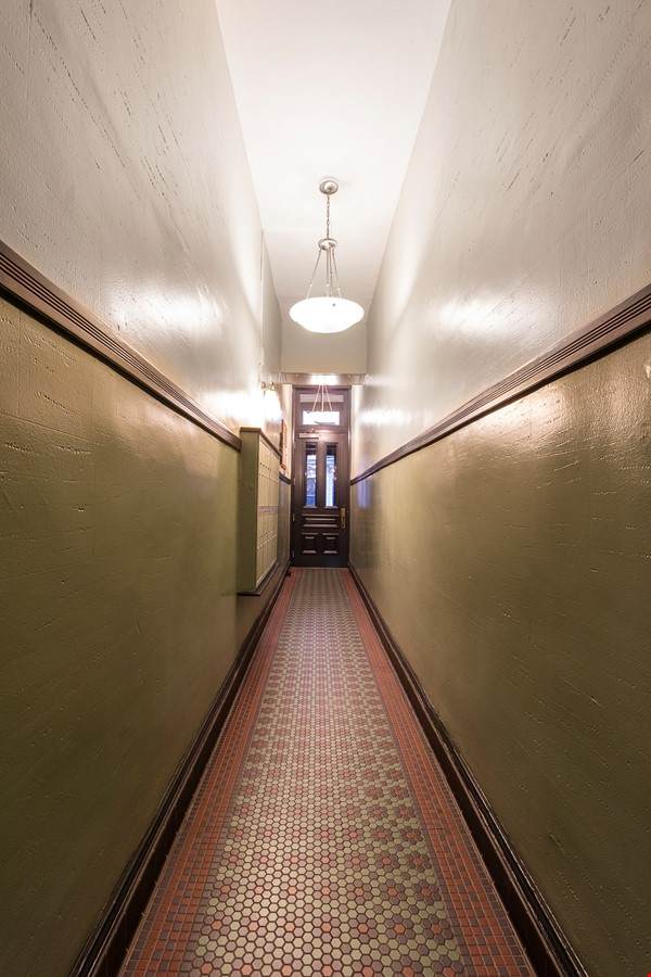 Newly renovated West Village unit in historic building with rooftop Home Rental in New York 8 - thumbnail