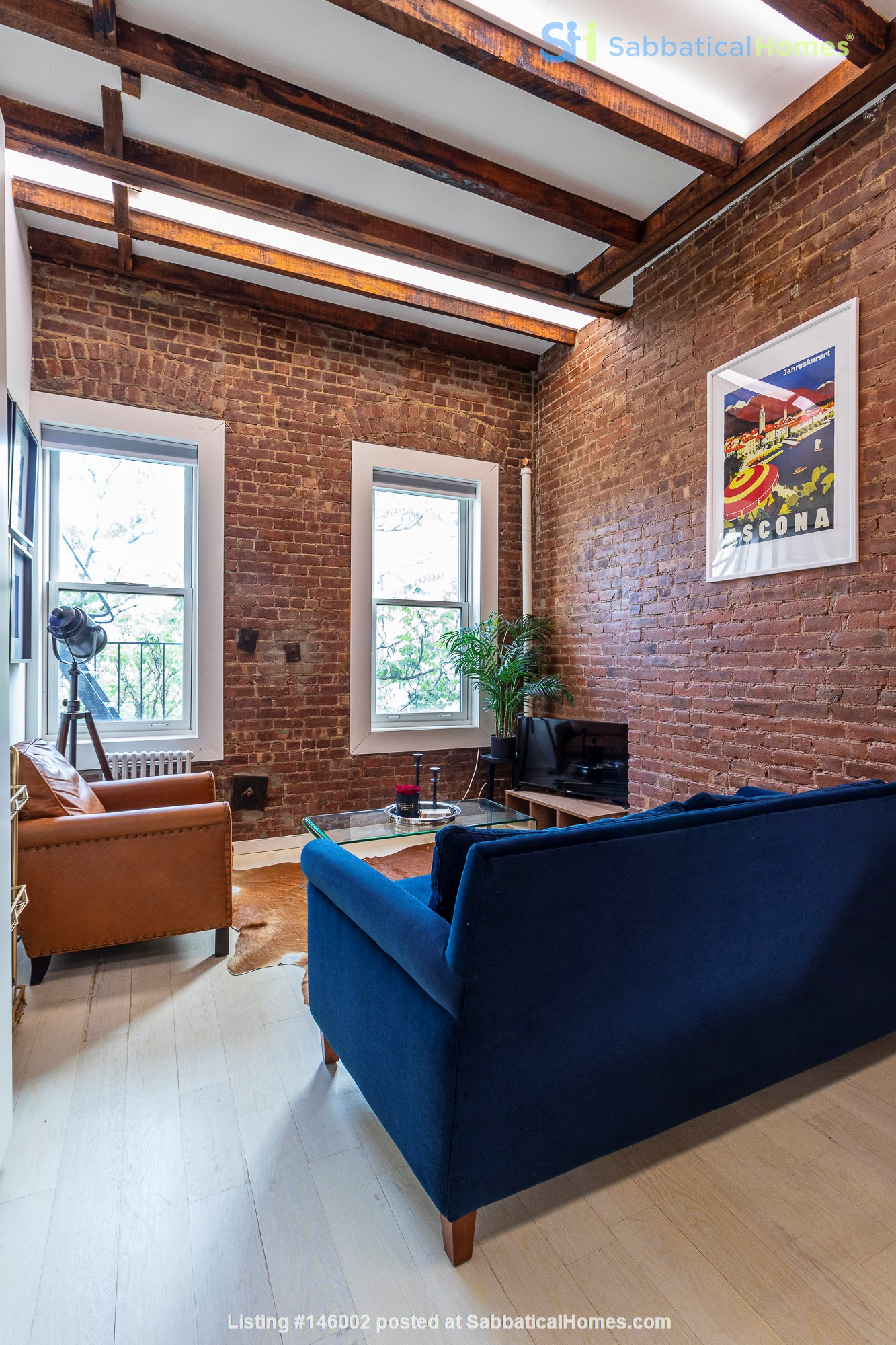 Newly renovated West Village unit in historic building with rooftop Home Rental in New York 1
