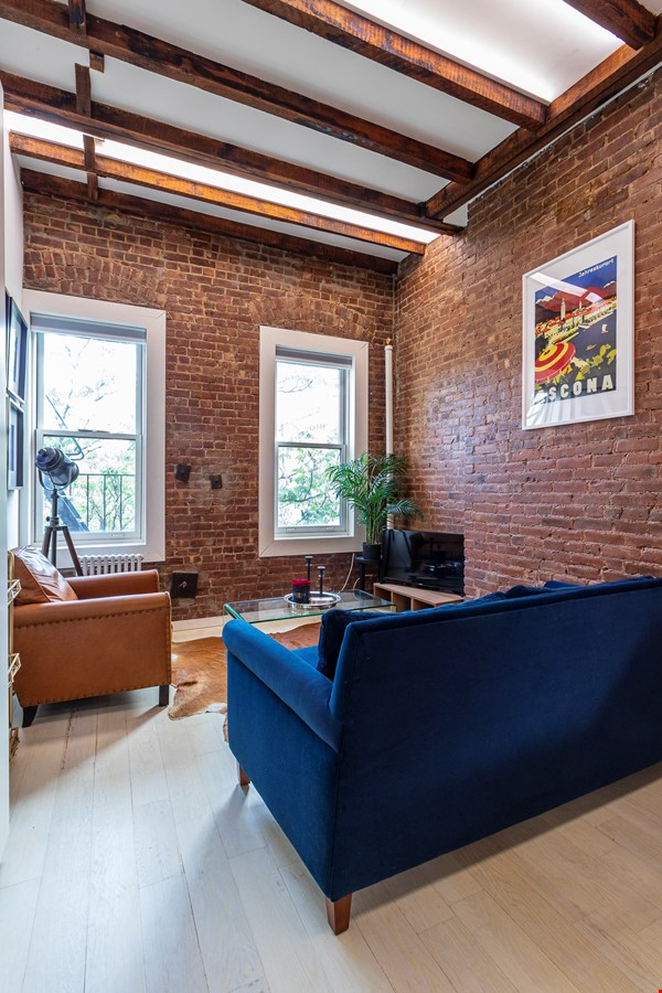 Newly renovated West Village unit in historic building with rooftop Home Rental in New York 1 - thumbnail