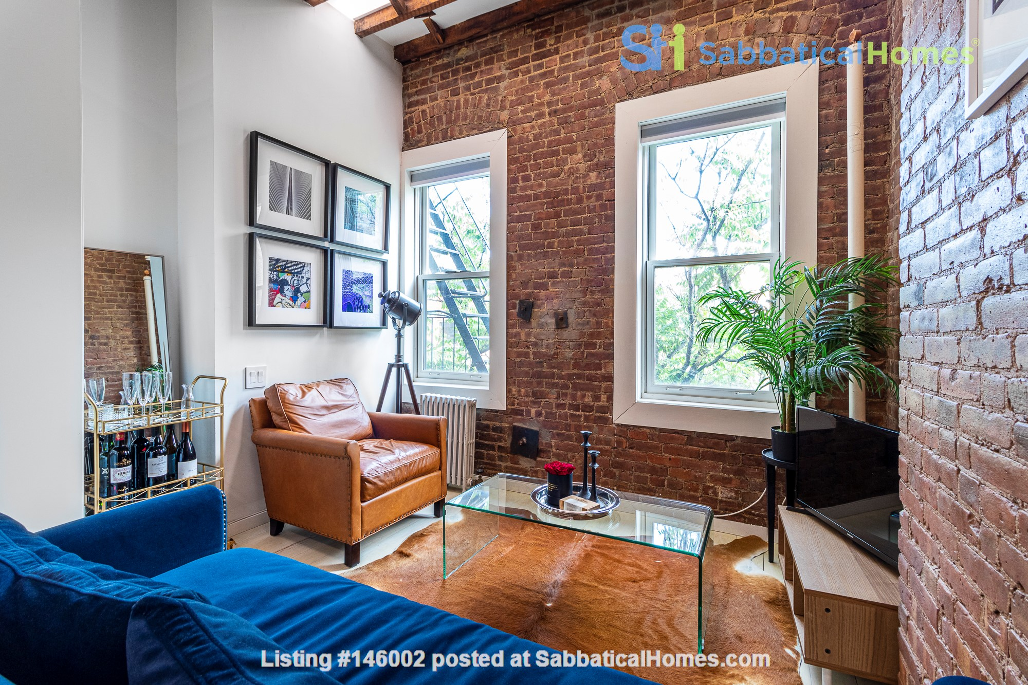 Newly renovated West Village unit in historic building with rooftop Home Rental in New York 0