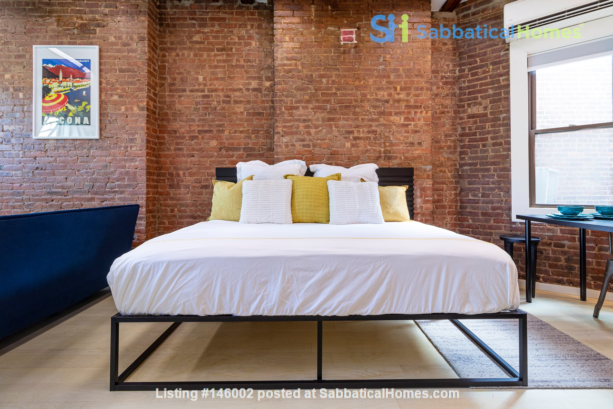 Newly renovated West Village unit in historic building with rooftop Home Rental in New York 4