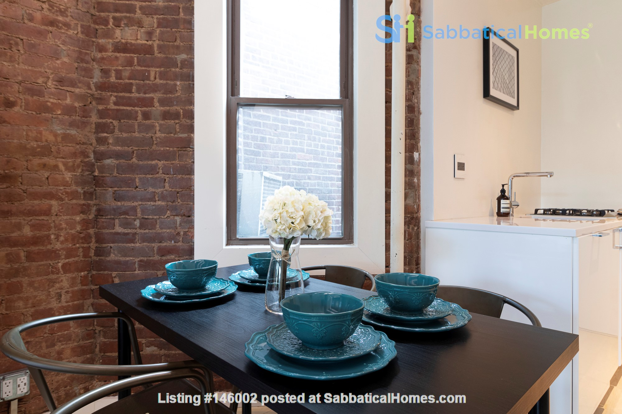Newly renovated West Village unit in historic building with rooftop Home Rental in New York 5