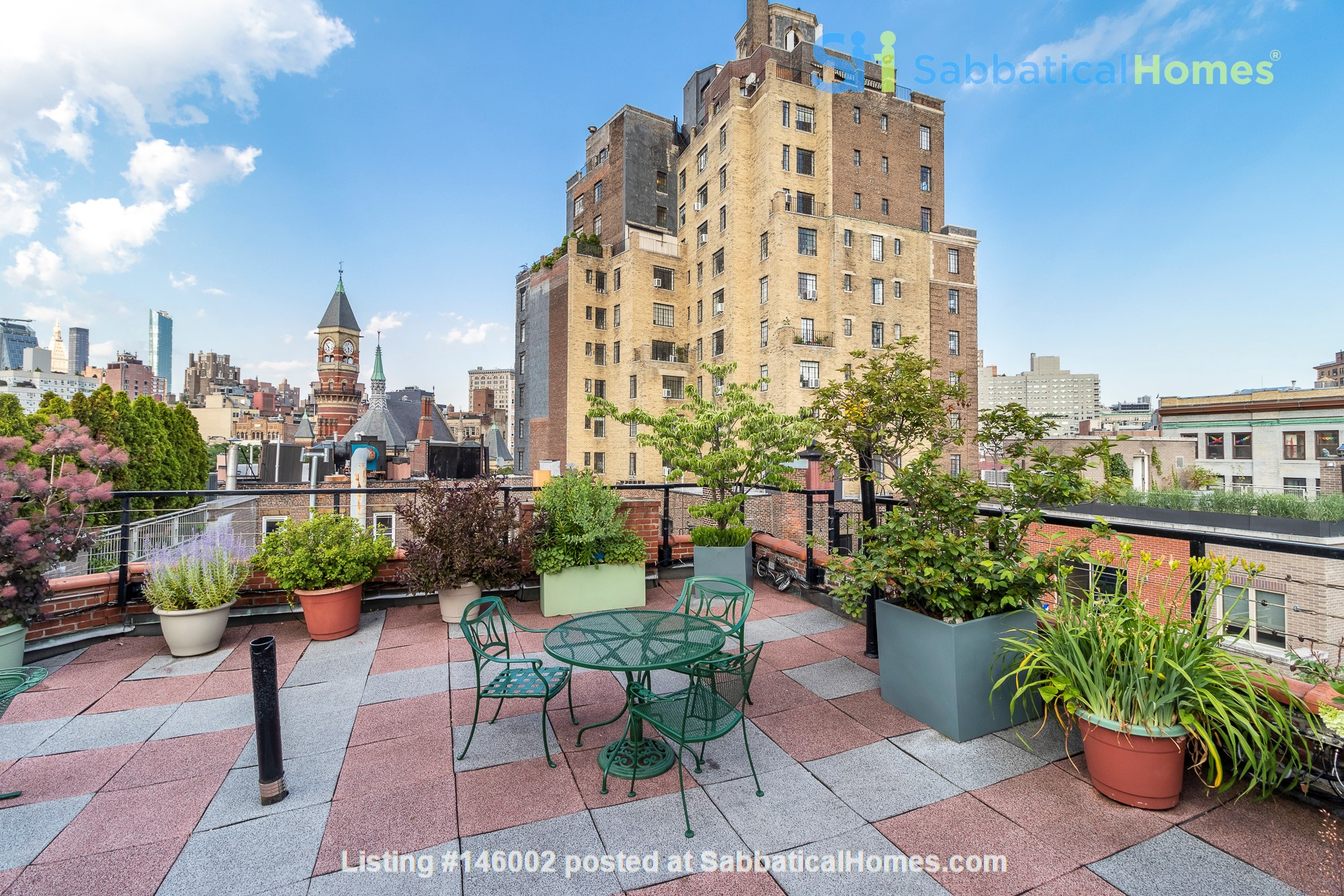 Newly renovated West Village unit in historic building with rooftop Home Rental in New York 7