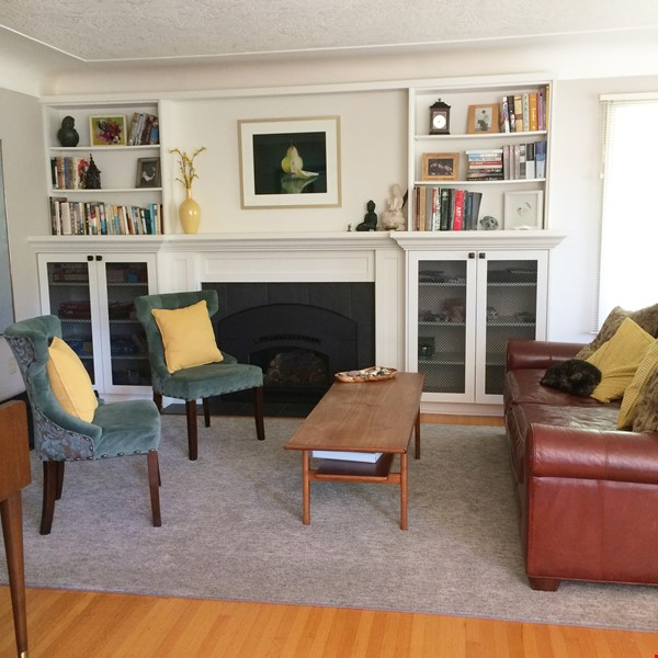 Sunny character home with large deck and yard, near to UVic and beaches Home Rental in Victoria 1 - thumbnail