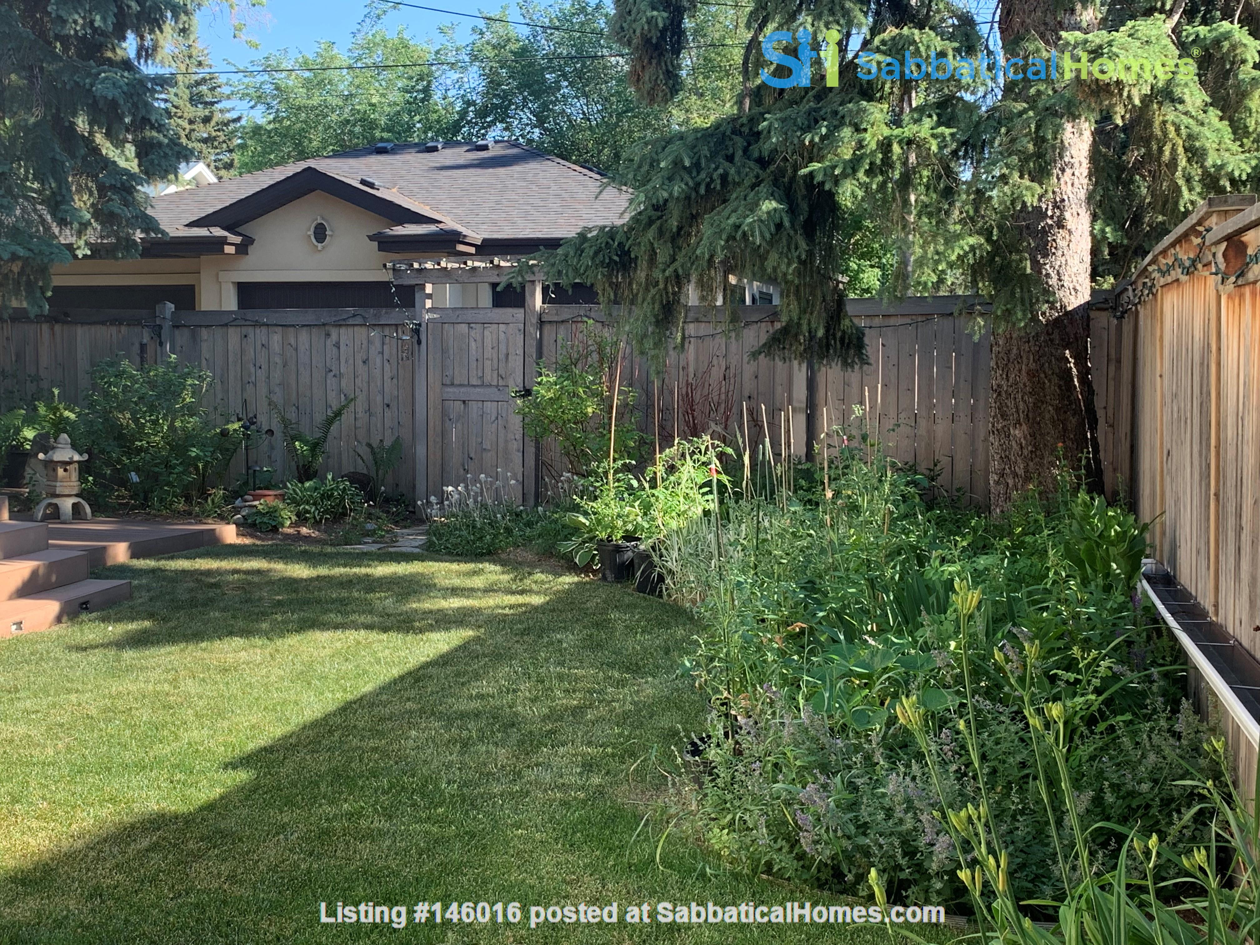 Forest haven sabbatical home Home Rental in Edmonton 2