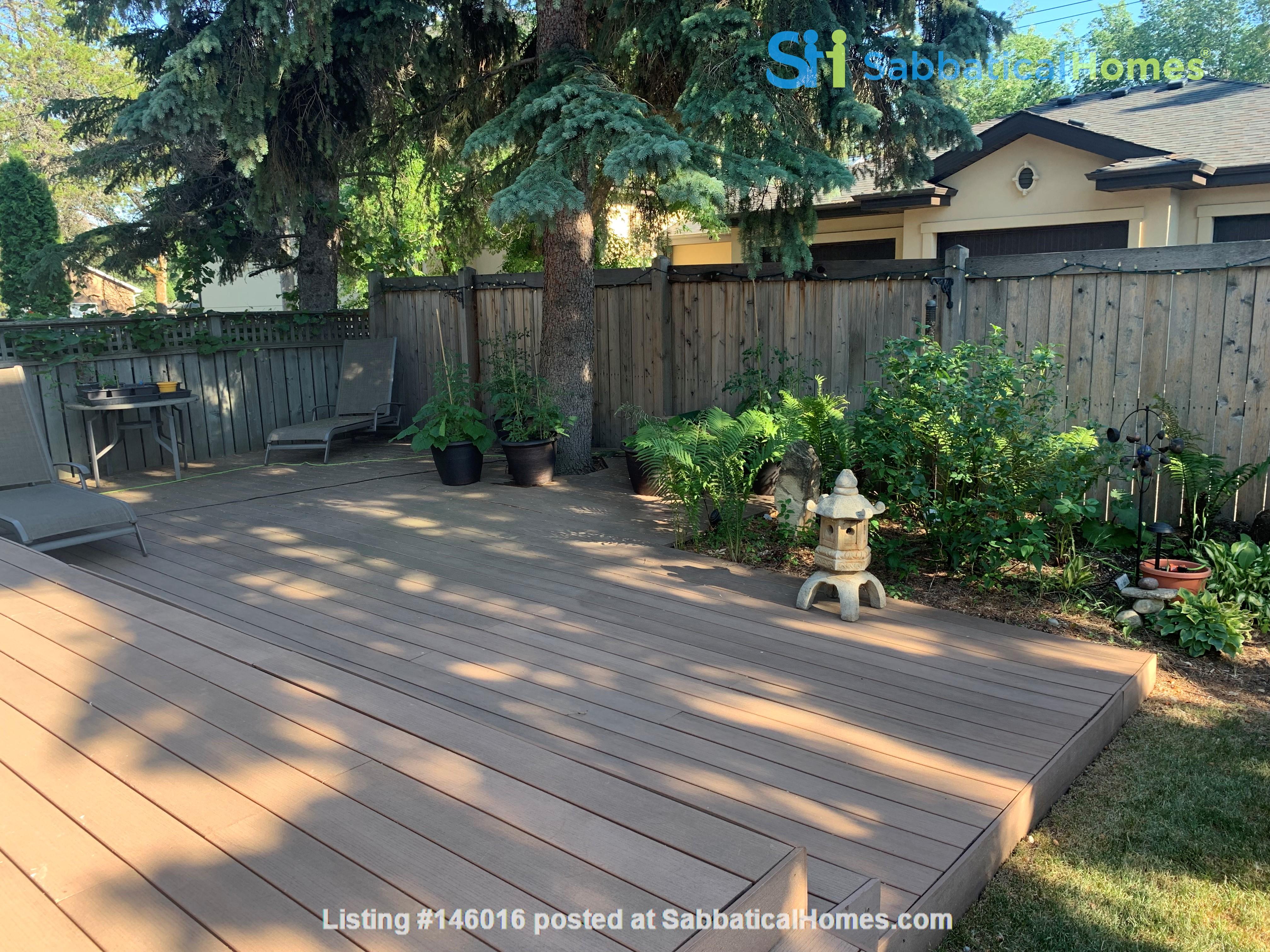 Forest haven sabbatical home Home Rental in Edmonton 3