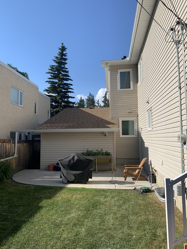 Forest haven sabbatical home Home Rental in Edmonton 6 - thumbnail