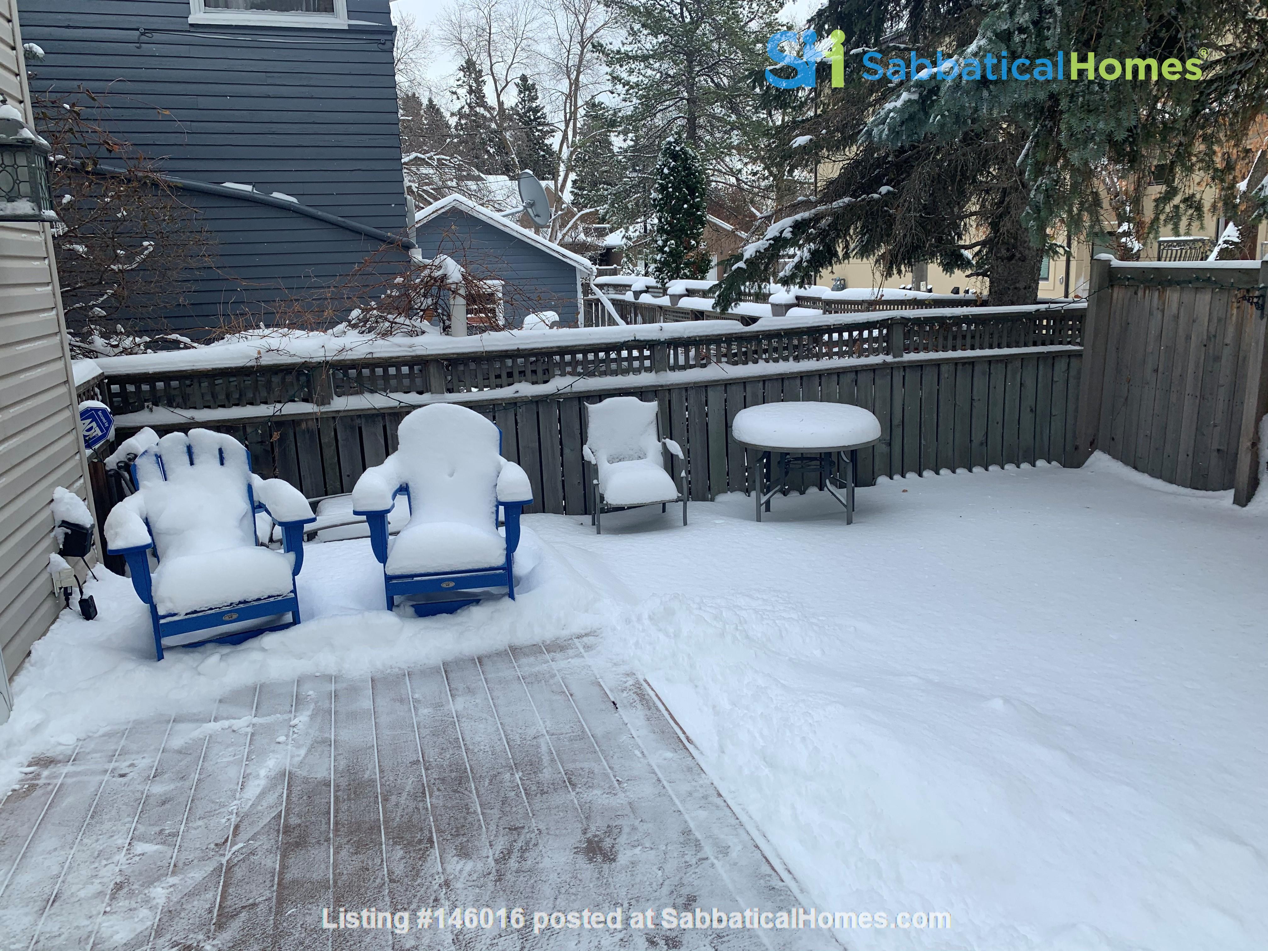Forest haven sabbatical home Home Rental in Edmonton 7
