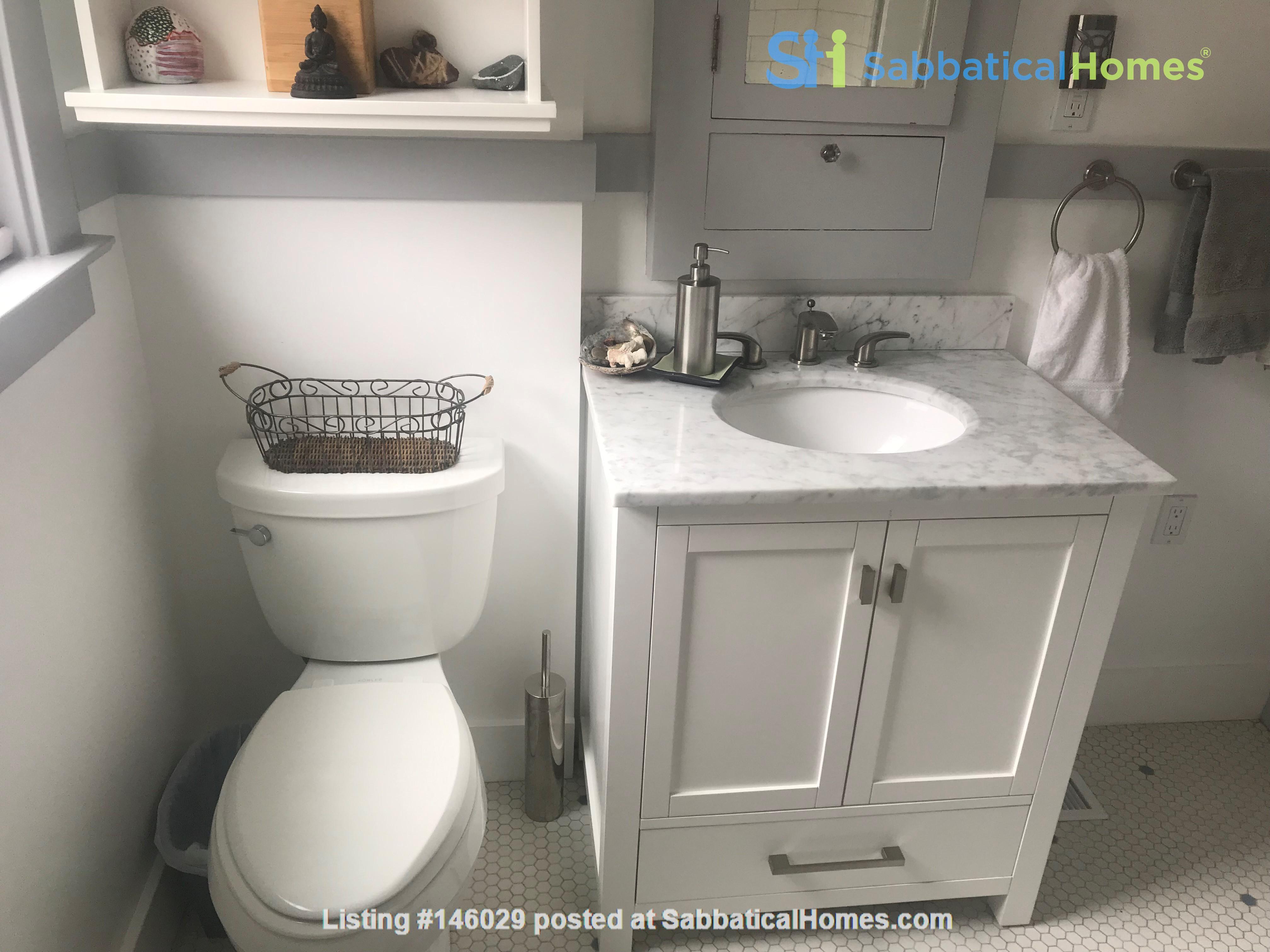 Sublet  Sunny Furnished 3 bedroom / 1..5 bathroom Berkeley Home Home Rental in Berkeley 5