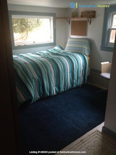 Sublet  Sunny Furnished 3 bedroom / 1..5 bathroom Berkeley Home Home Rental in Berkeley 7