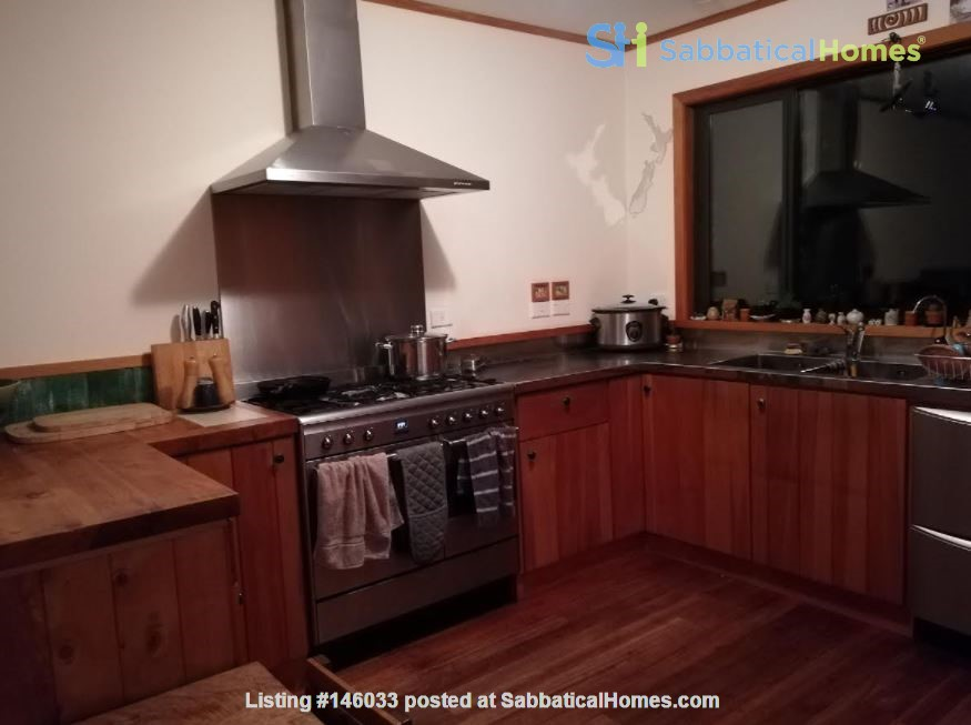 Rural Sanctuary in Auckland - 3Bdrm House Home Rental in Waimauku 3