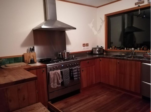 Rural Sanctuary in Auckland - 3Bdrm House Home Rental in Waimauku 3 - thumbnail