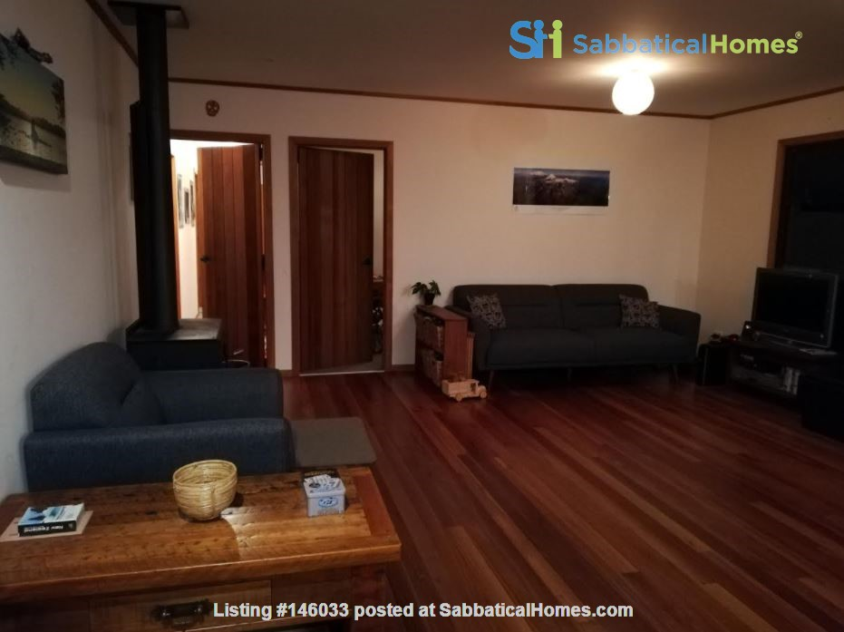 Rural Sanctuary in Auckland - 3Bdrm House Home Rental in Waimauku 2