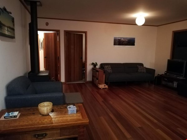 Rural Sanctuary in Auckland - 3Bdrm House Home Rental in Waimauku 2 - thumbnail