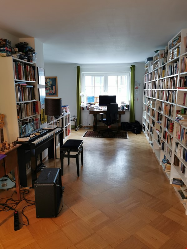 Spacious furnished home for a family in Bonn, near shops and public transit Home Rental in BN 3 - thumbnail