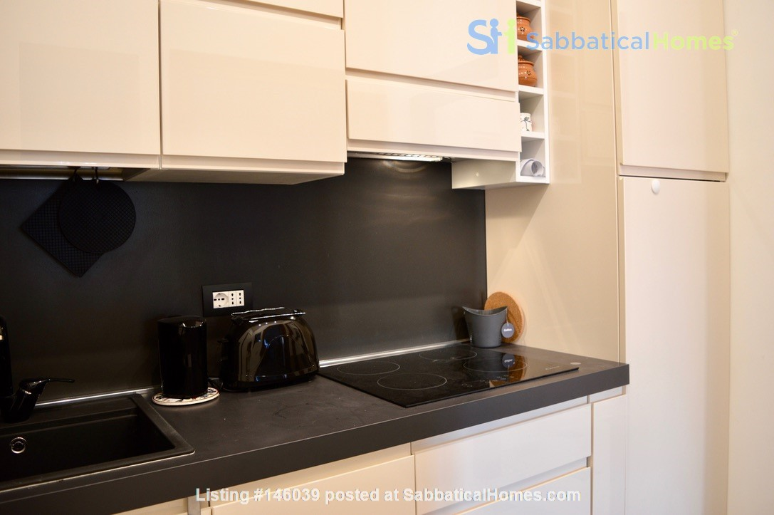 65 sqm in the heart of ancient Rome and city center Home Rental in Roma 6