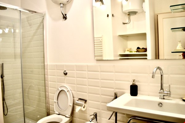 65 sqm in the heart of ancient Rome and city center Home Rental in Roma 7 - thumbnail