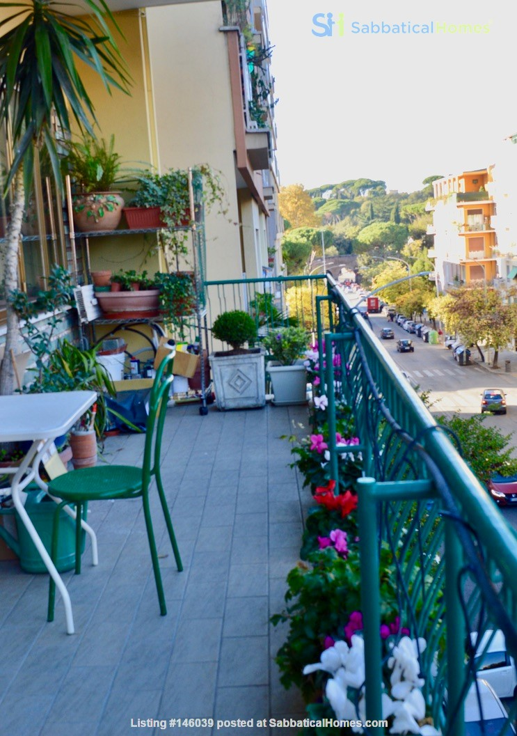 65 sqm in the heart of ancient Rome and city center Home Rental in Roma 8