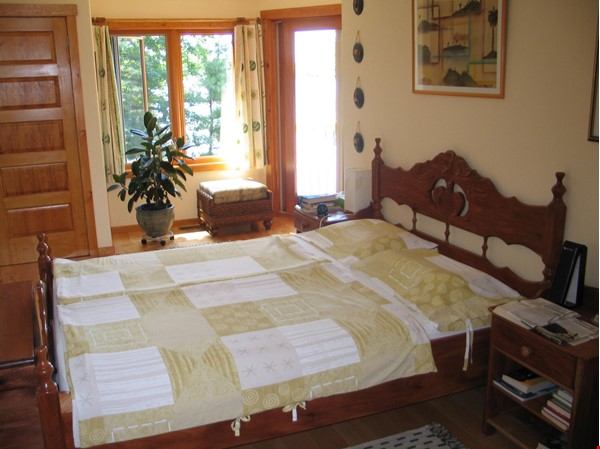 Beautiful nature retreat on lake Home Rental in  7 - thumbnail