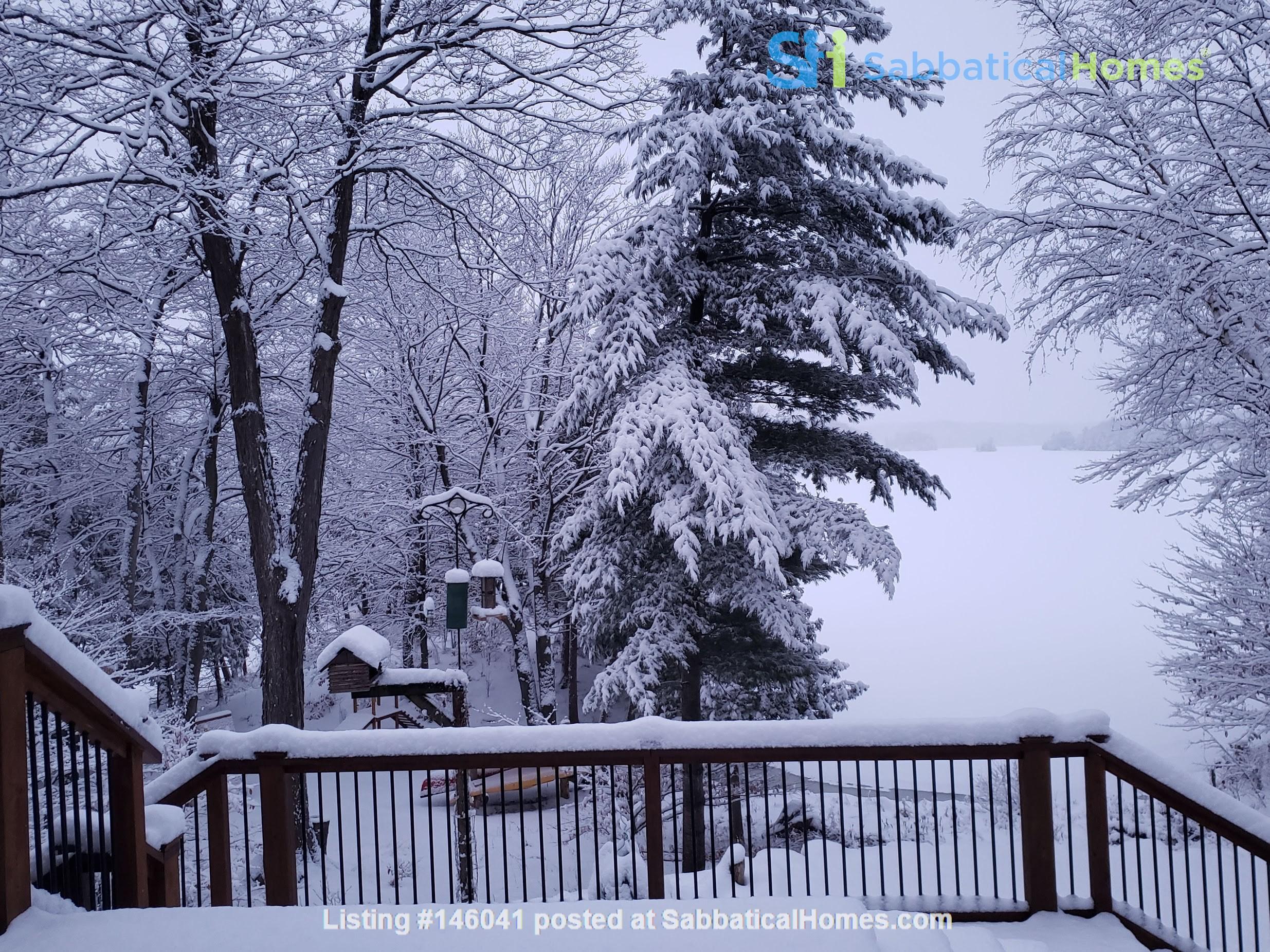 Beautiful nature retreat on lake Home Rental in  5