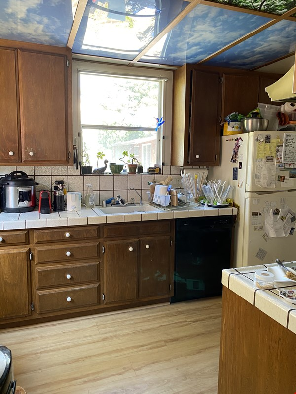 Single family home with lovely garden and hot tub in walkable neighborhood! Home Rental in El Cerrito 6 - thumbnail