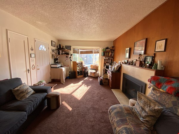 Single family home with lovely garden and hot tub in walkable neighborhood! Home Rental in El Cerrito 4 - thumbnail