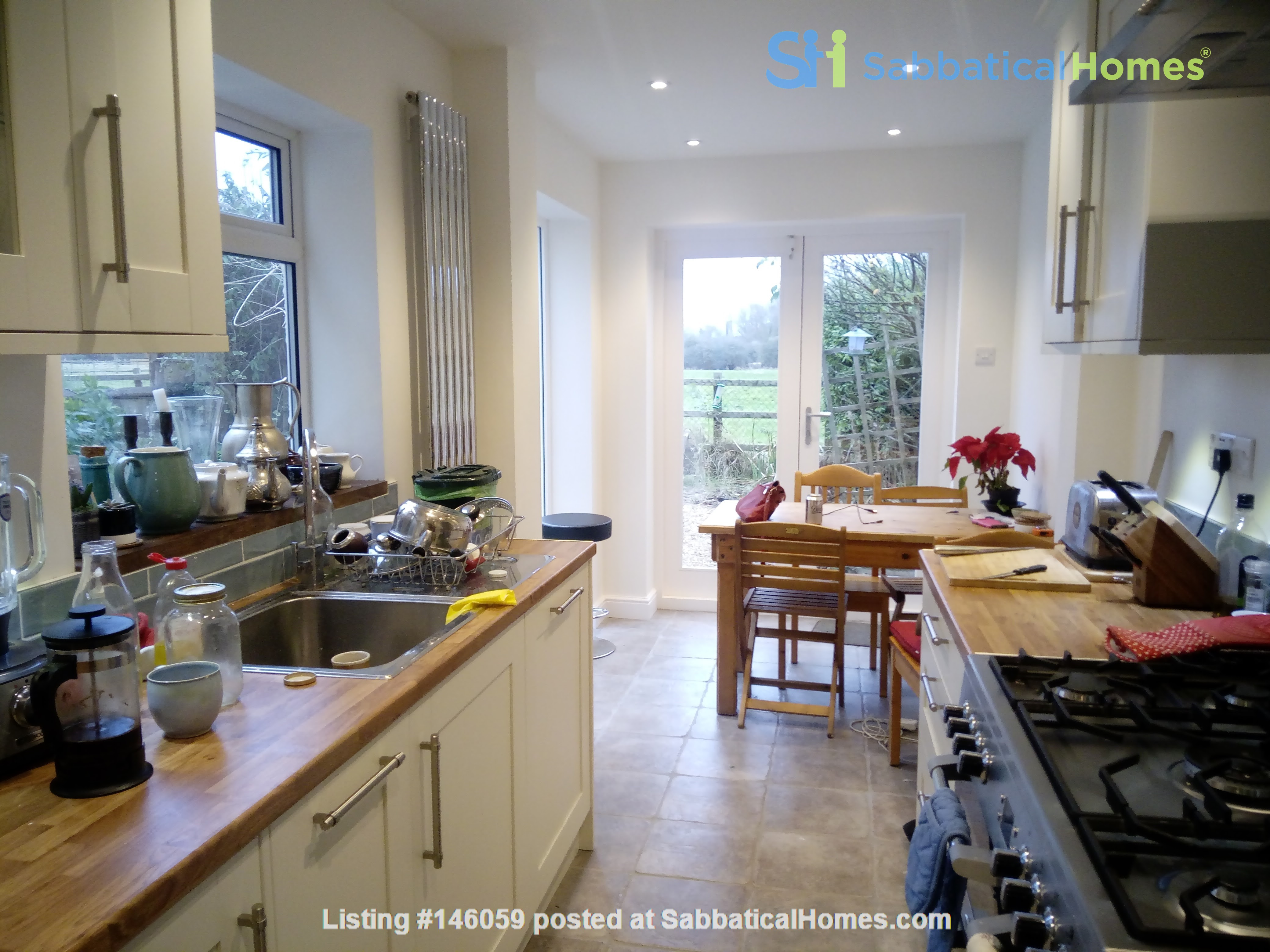 Period house overlooking meadows and oxford university park Home Rental in  3