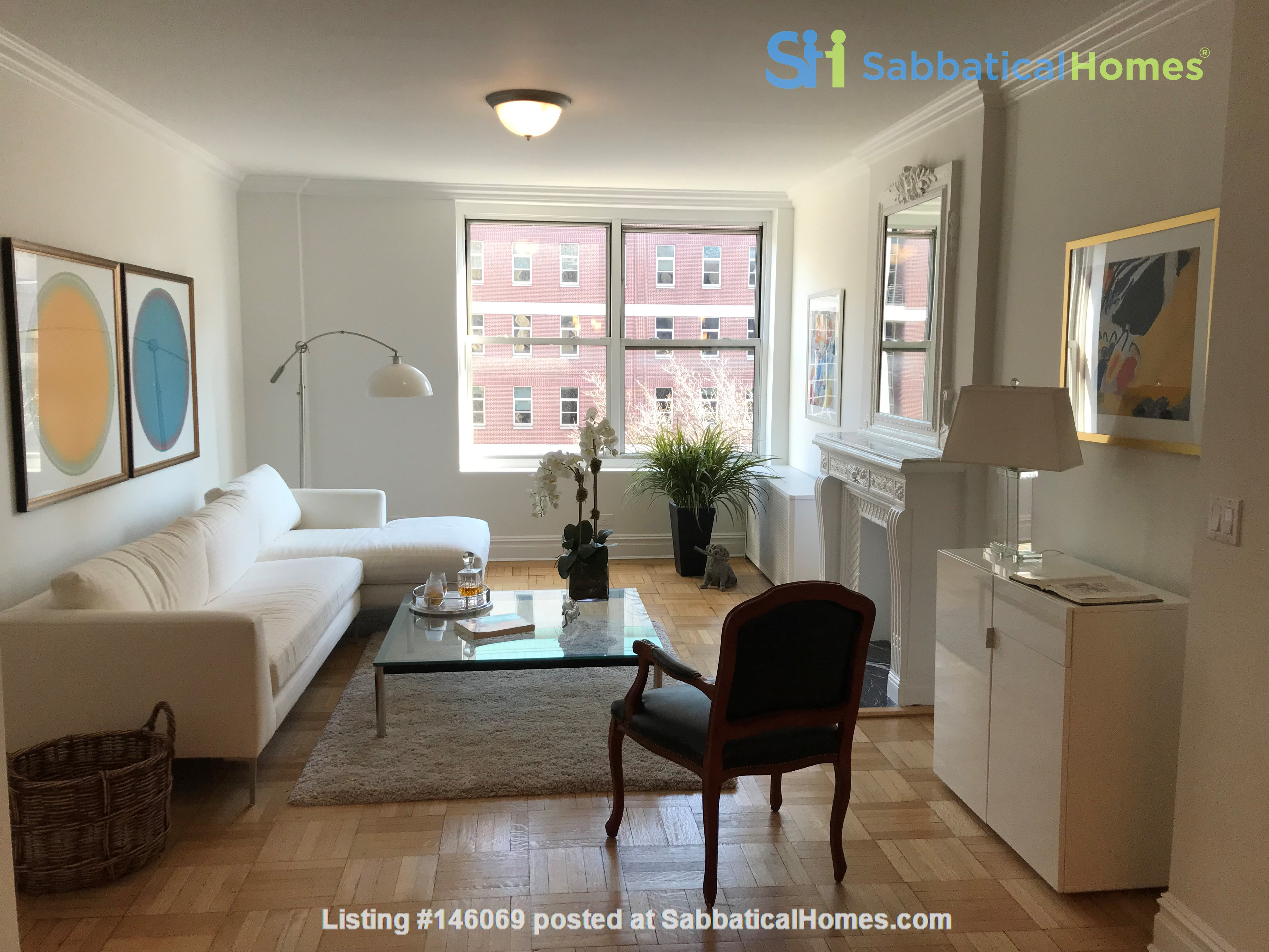 Large, sun-filled 2 bedroom 2 full-bath across from Columbia University Home Rental in New York 0