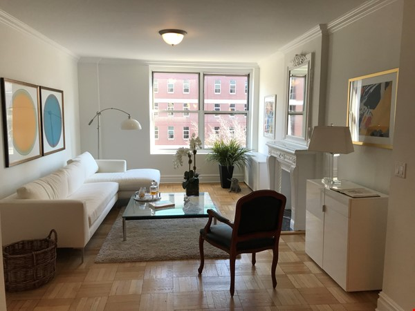 Large, sun-filled 2 bedroom 2 full-bath across from Columbia University Home Rental in New York 0 - thumbnail