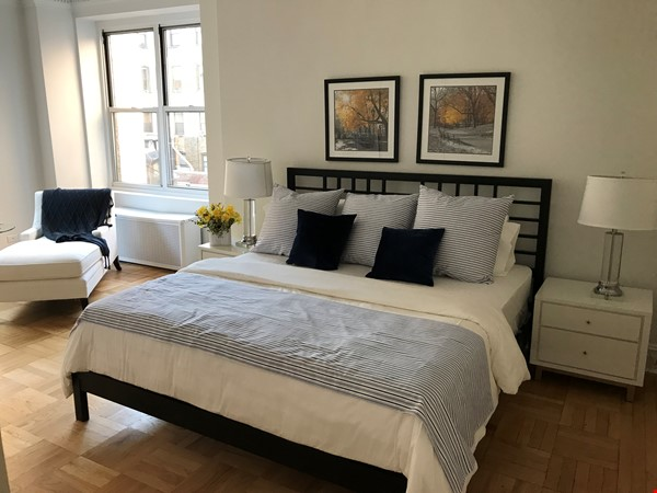 Large, sun-filled 2 bedroom 2 full-bath across from Columbia University Home Rental in New York 1 - thumbnail