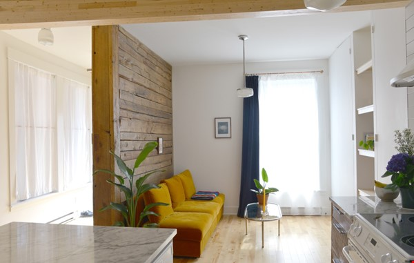 New Studio Apartment Little Italy Home Rental in Montréal 2 - thumbnail
