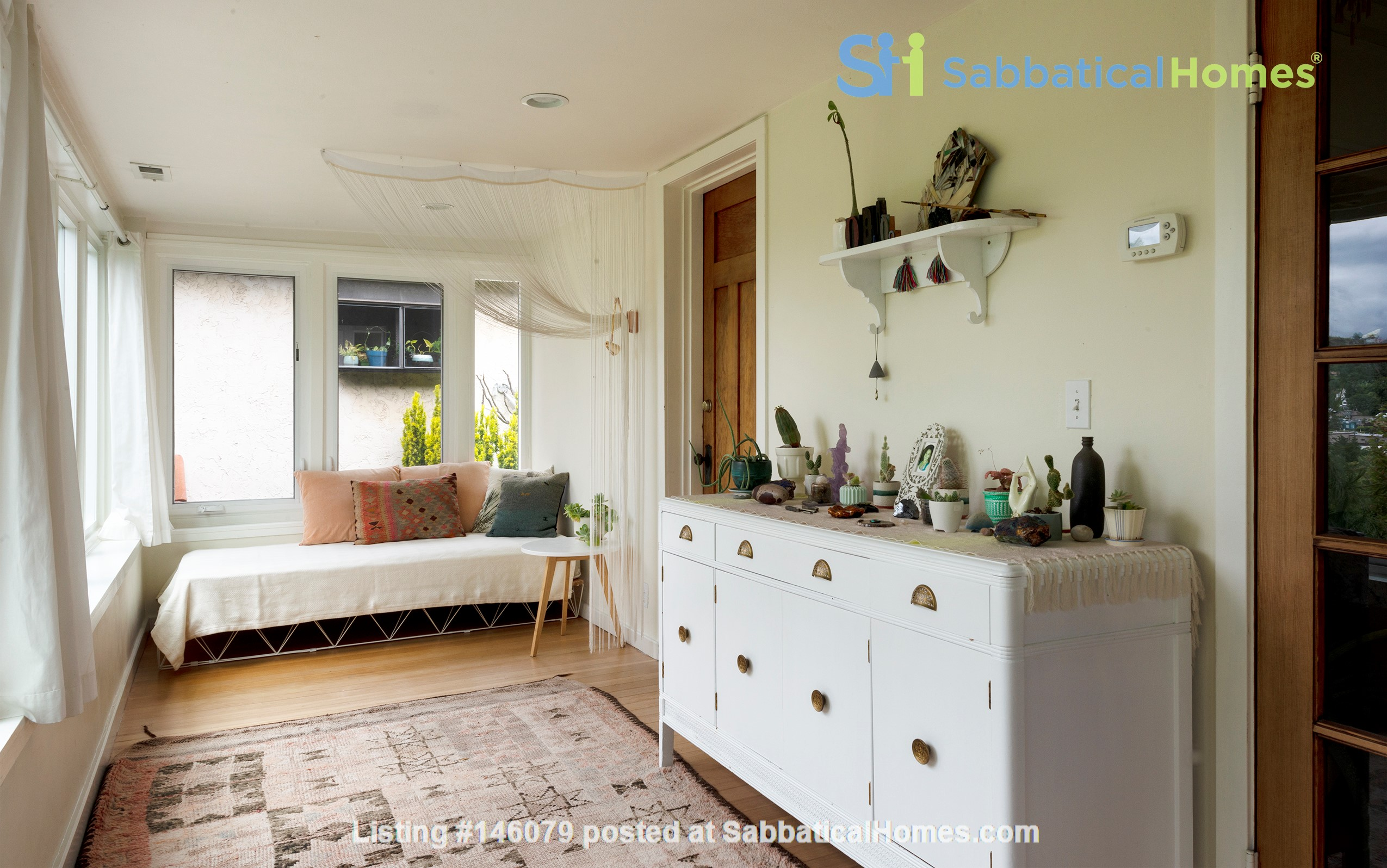 Scandinavian Queen Anne Home Home Rental in Seattle 6