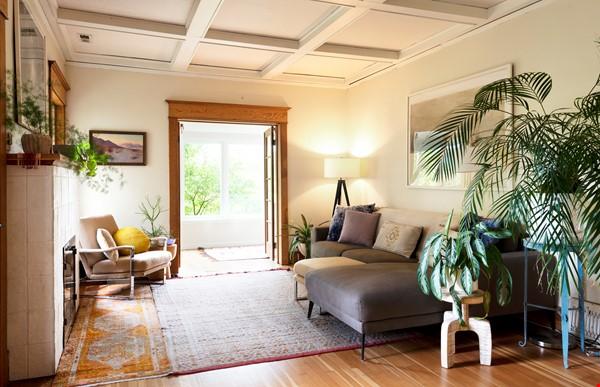 Scandinavian Queen Anne Home Home Rental in Seattle 1 - thumbnail